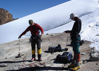 climbing course in the Cordillera Blanca